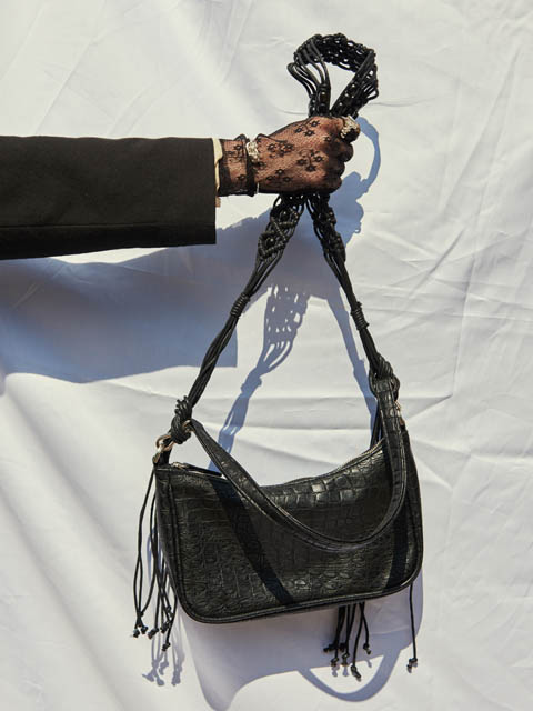 TASSEL LEATHER BAG (BLACK)