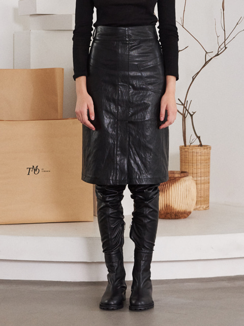 TWO POCKET LEATHER SKIRT (BLACK)
