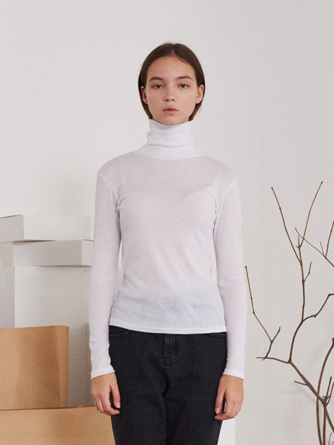 SEE-THROUGH TURTLENECK T-SHIRT (WHITE)