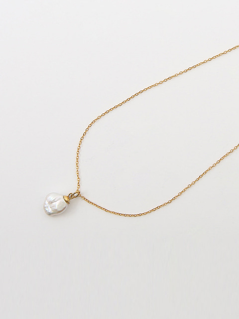 WILD PEARL GOLD CHAIN NECKLACE (GOLD)