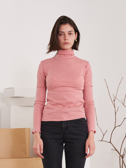 CONTRAST RUFFLED TRIMMING EDGE TURTLENECK T-SHIRT (PINK)