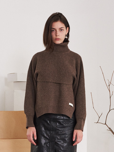 SEPARABLE VEST TURTLENECK SWEATER (BROWN)