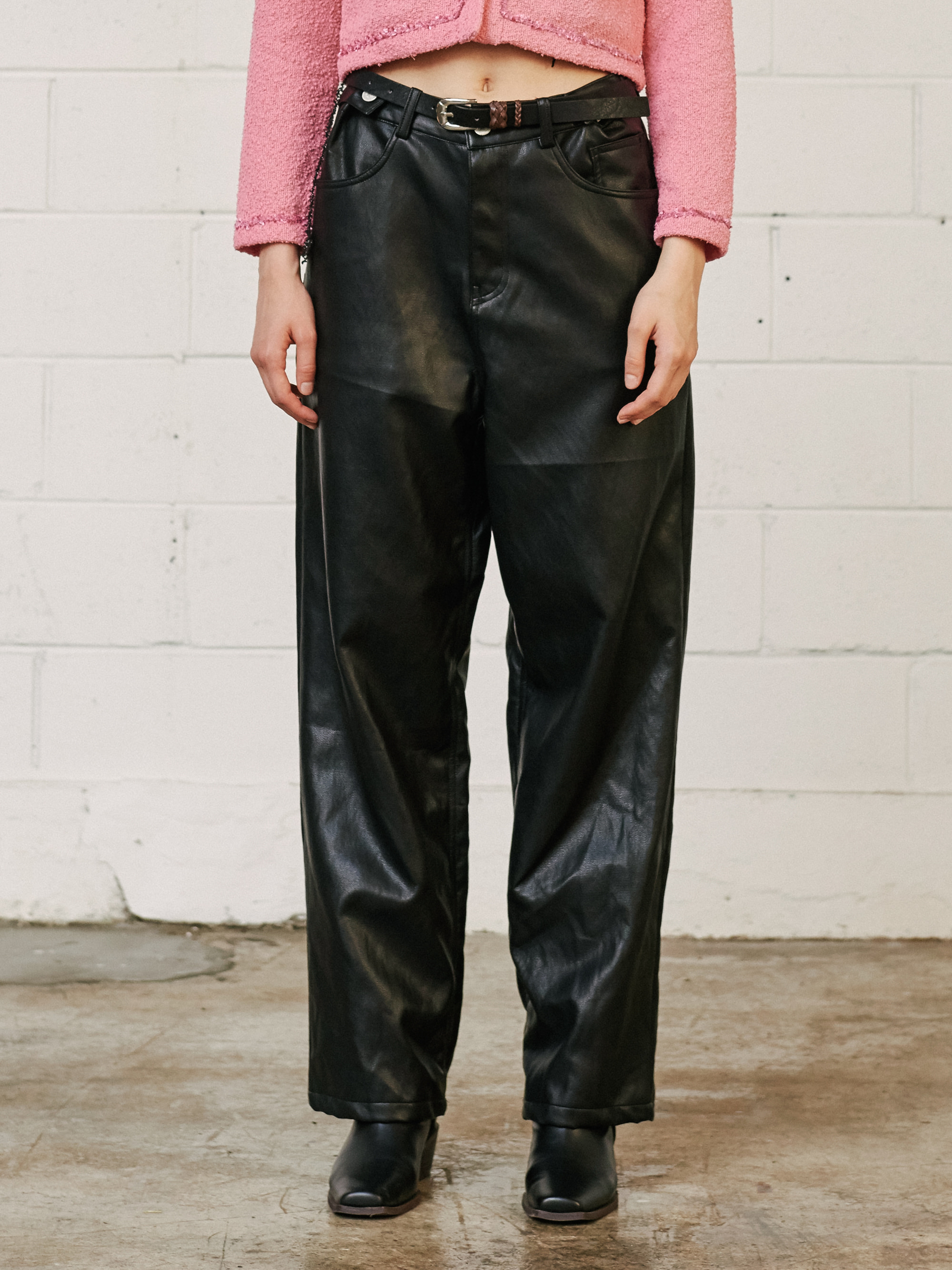 LEATHER WIDE PANTS (BLACK)