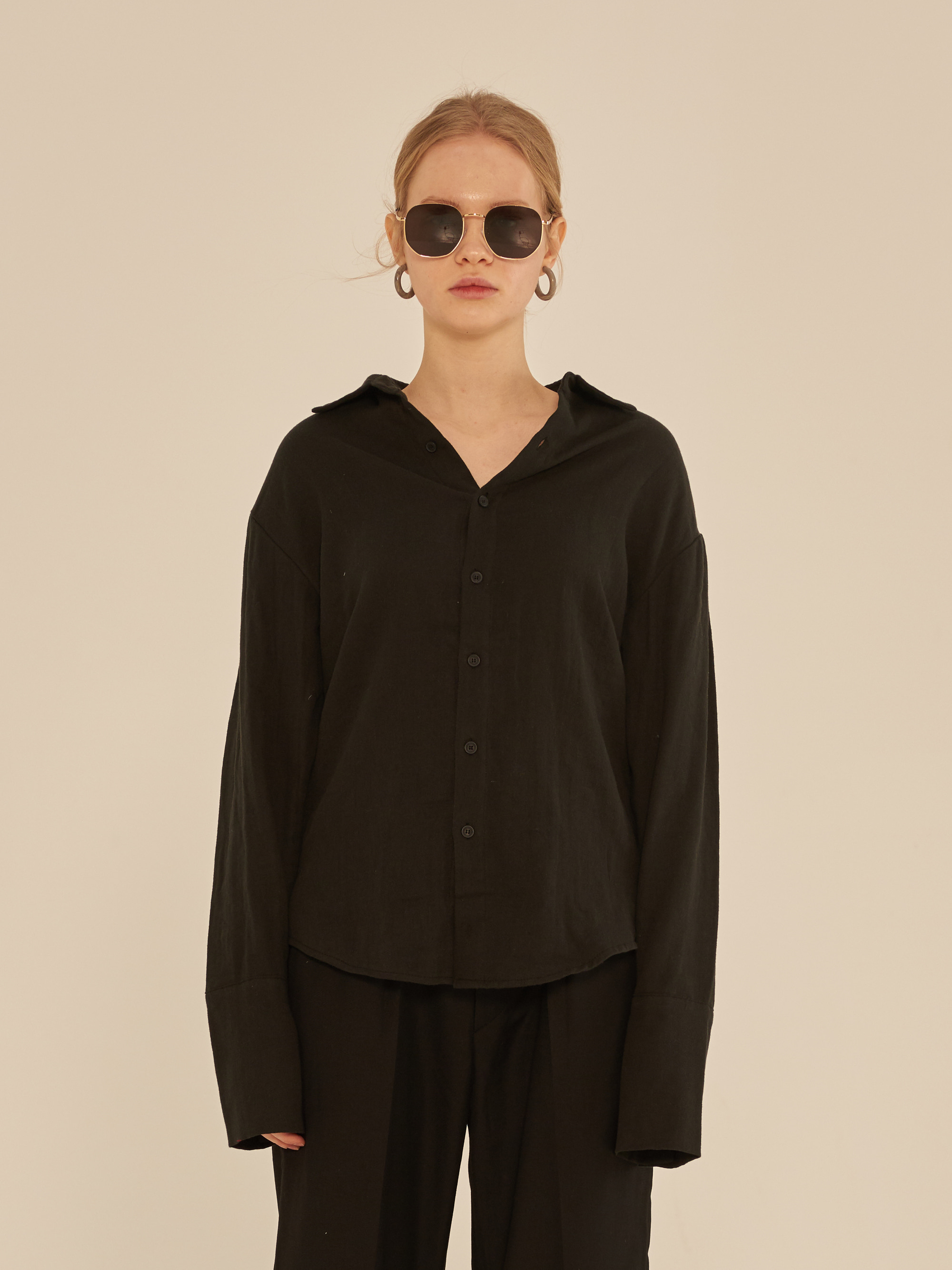 LONG SLEEVE LINEN SHIRT (BLACK)