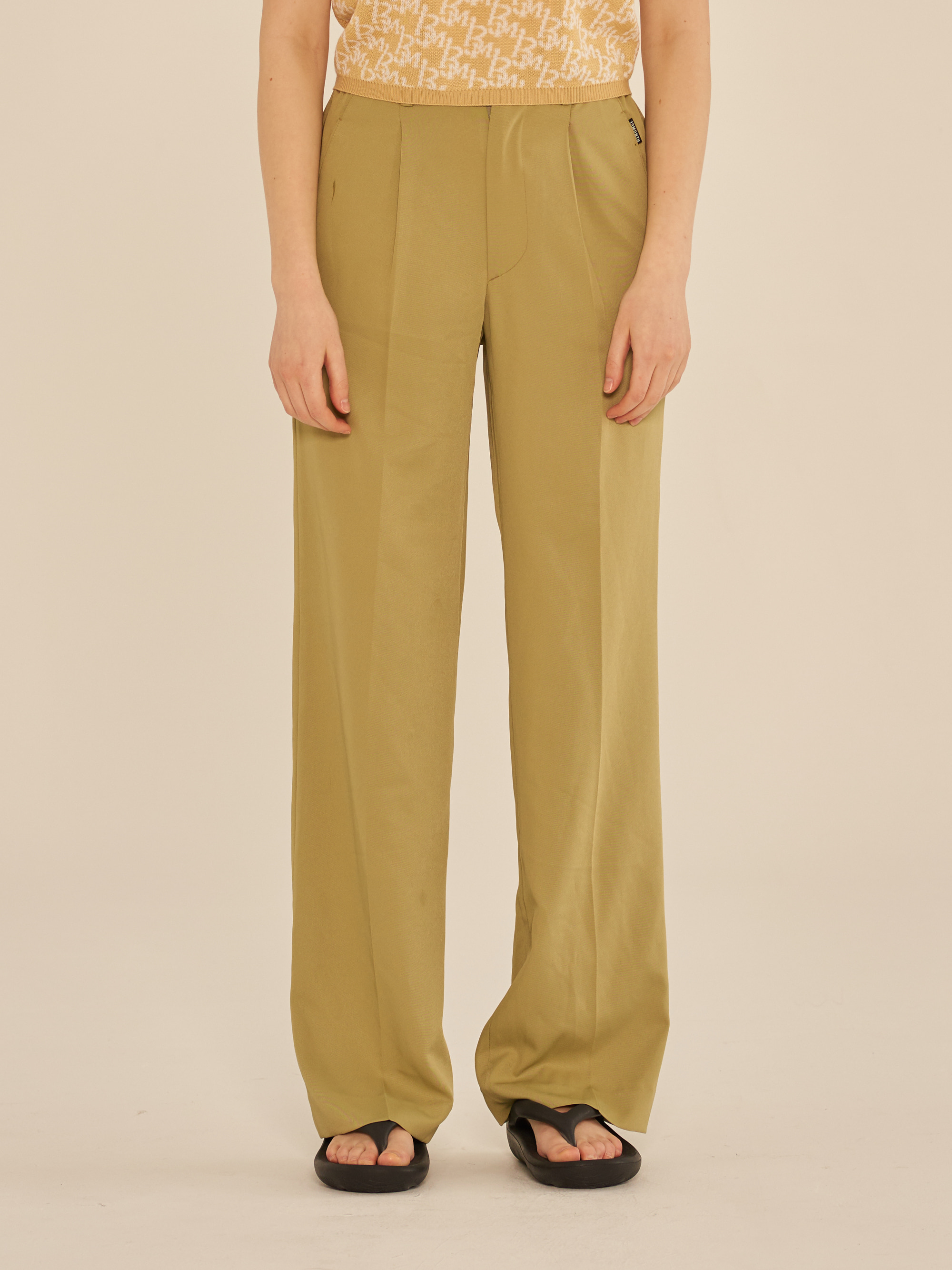 SEMI WIDE BASIC PANTS (GREEN)