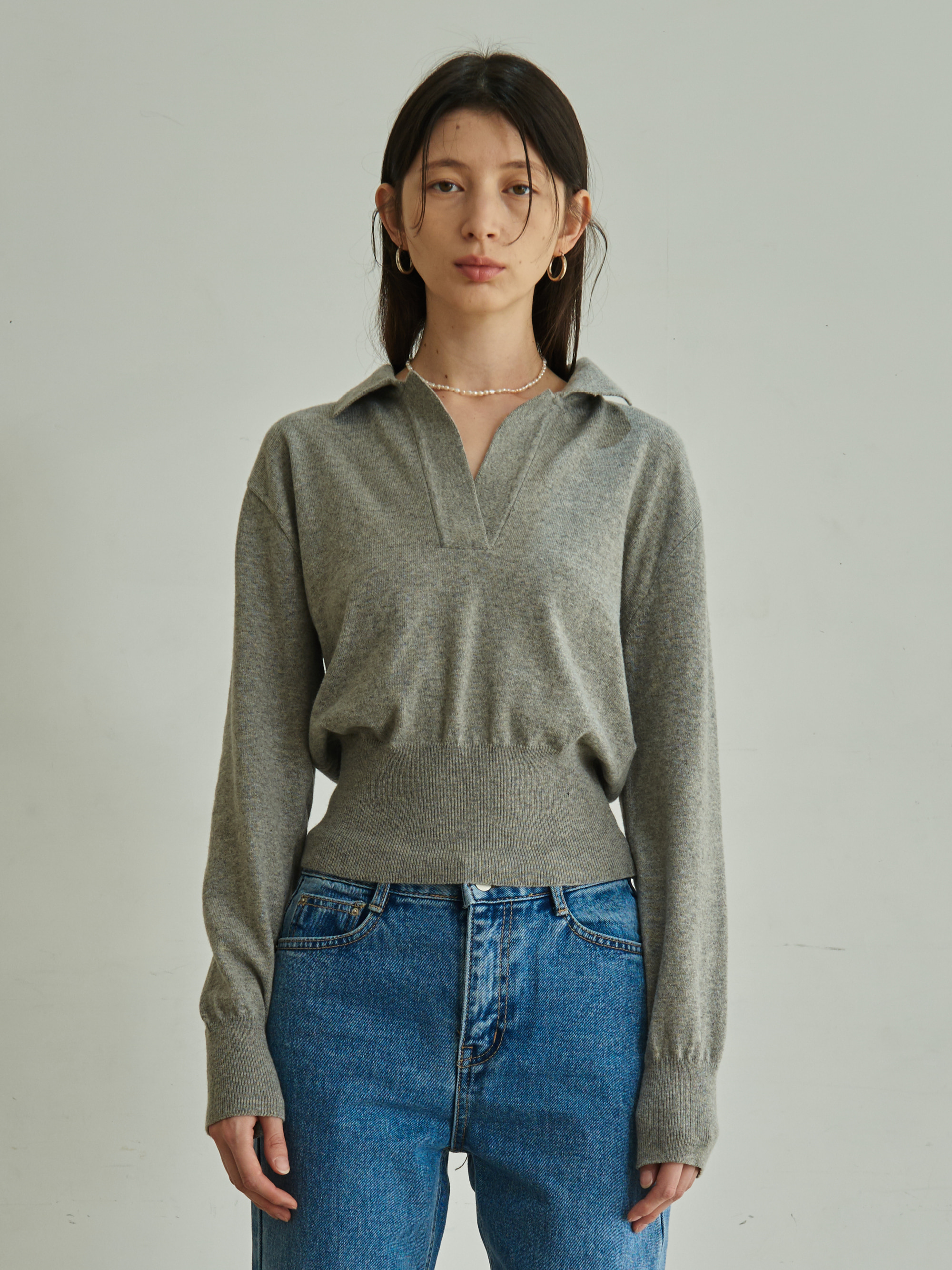 COLLARED KNIT TOP (GRAY)