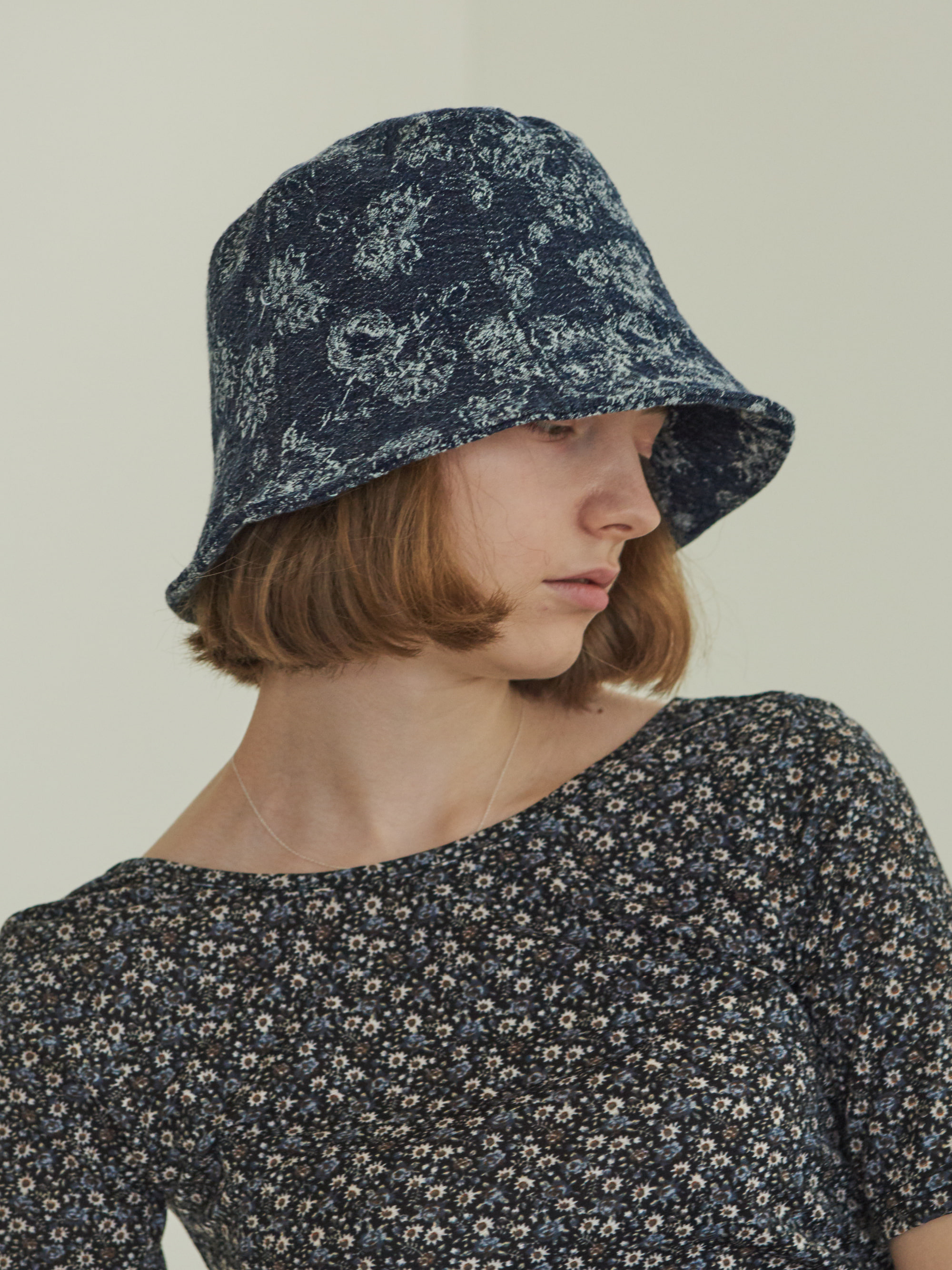 JACQUARD DENIM BUCKET HAT (BLUE)