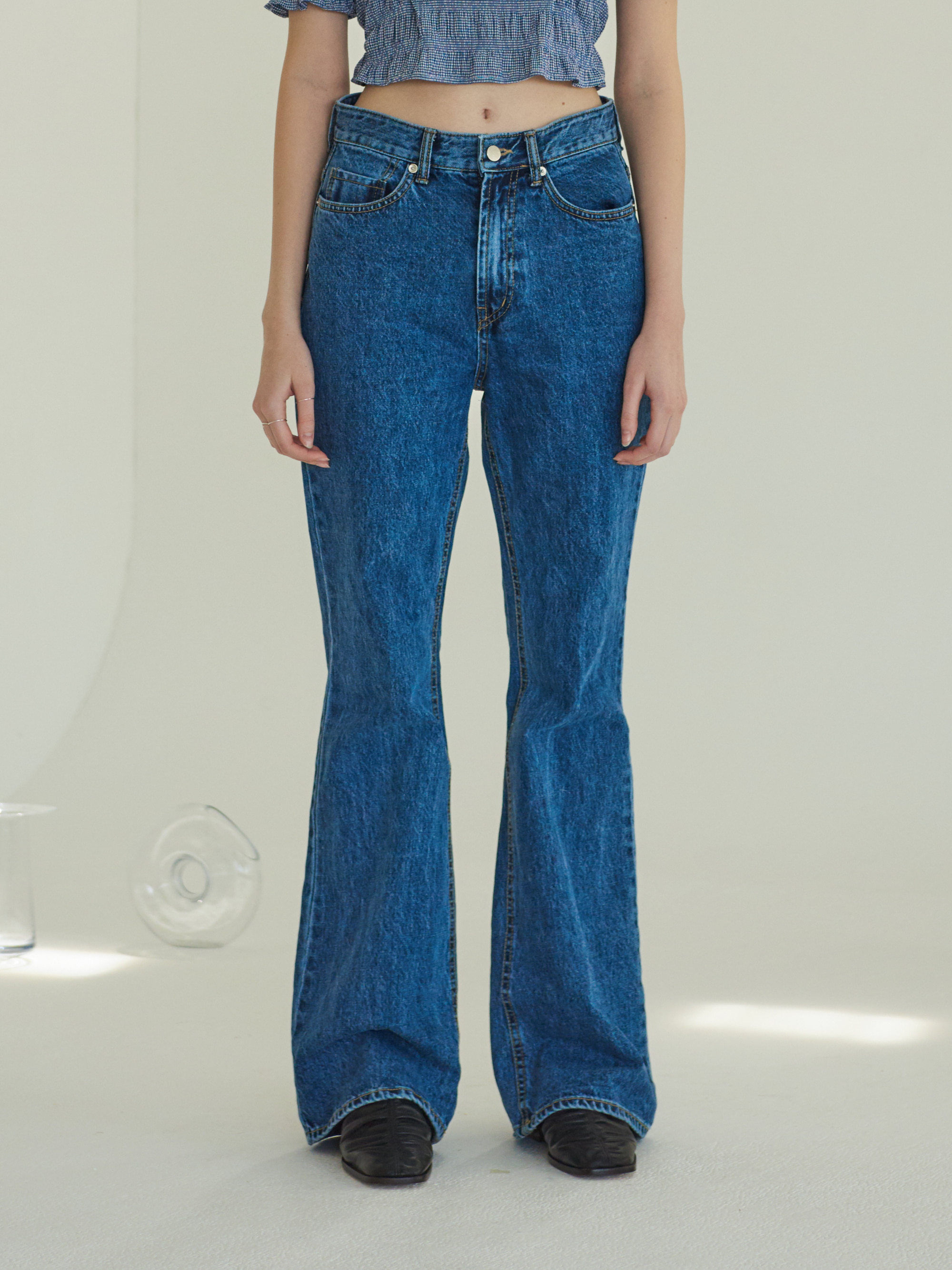 BOOTCUT JEANS (BLUE)