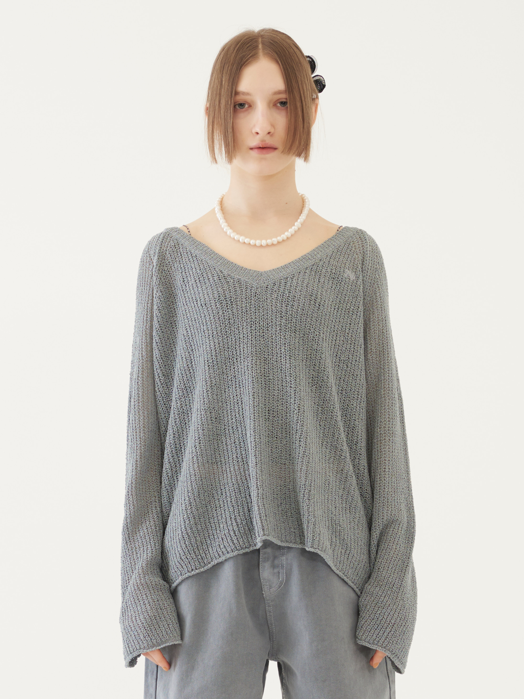 V-NECK KNIT TOP (GRAY)