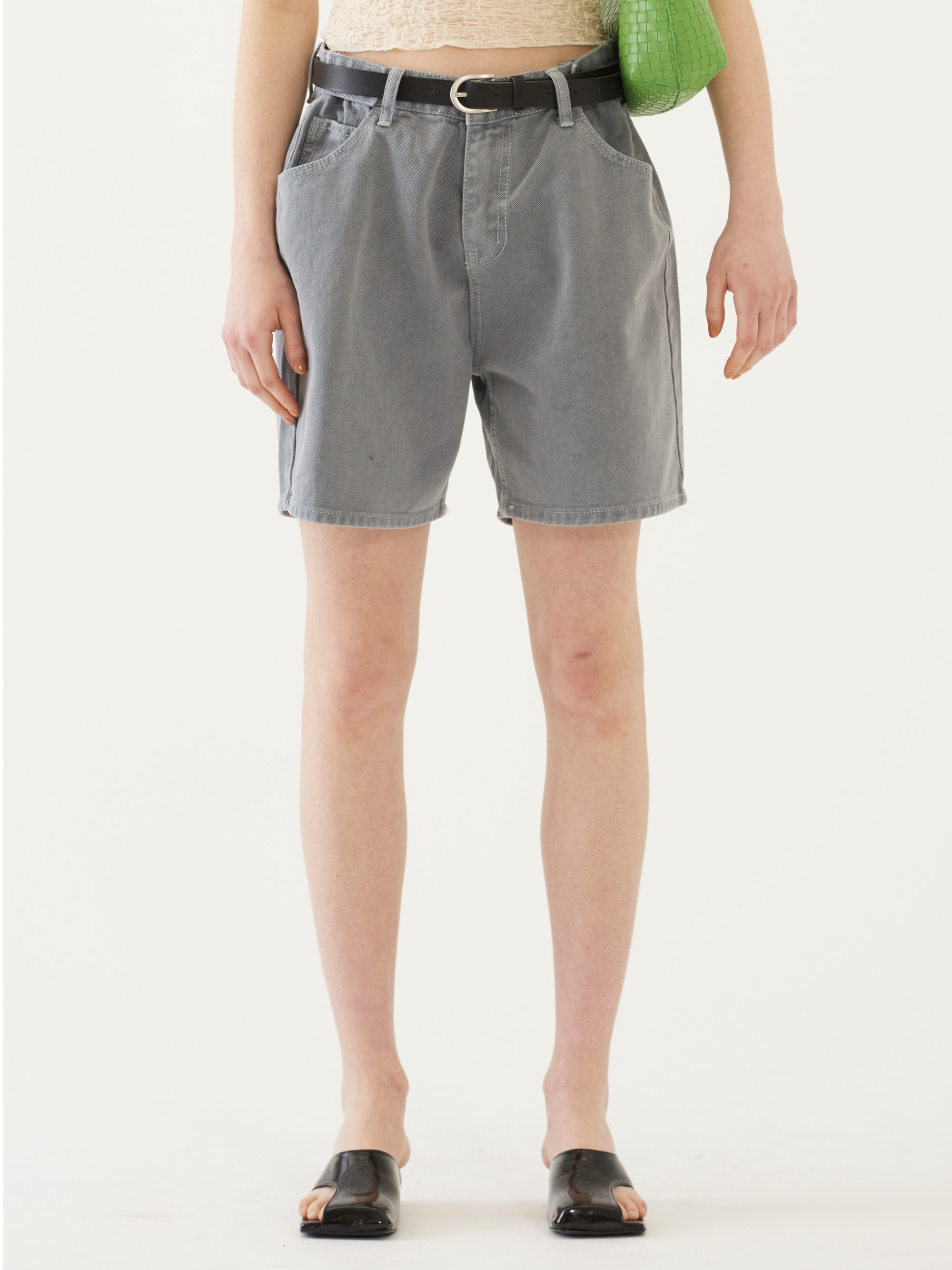 EXTENDER DENIM SHORTS (GRAY)